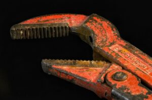 Pipe wrench in Delft